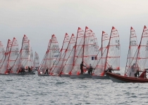 The French Revil-Guevel are the new leaders of the MedSailing-EUROCUP, followed closely by the Italians Zampiccolli-Chisté, only 2 points away